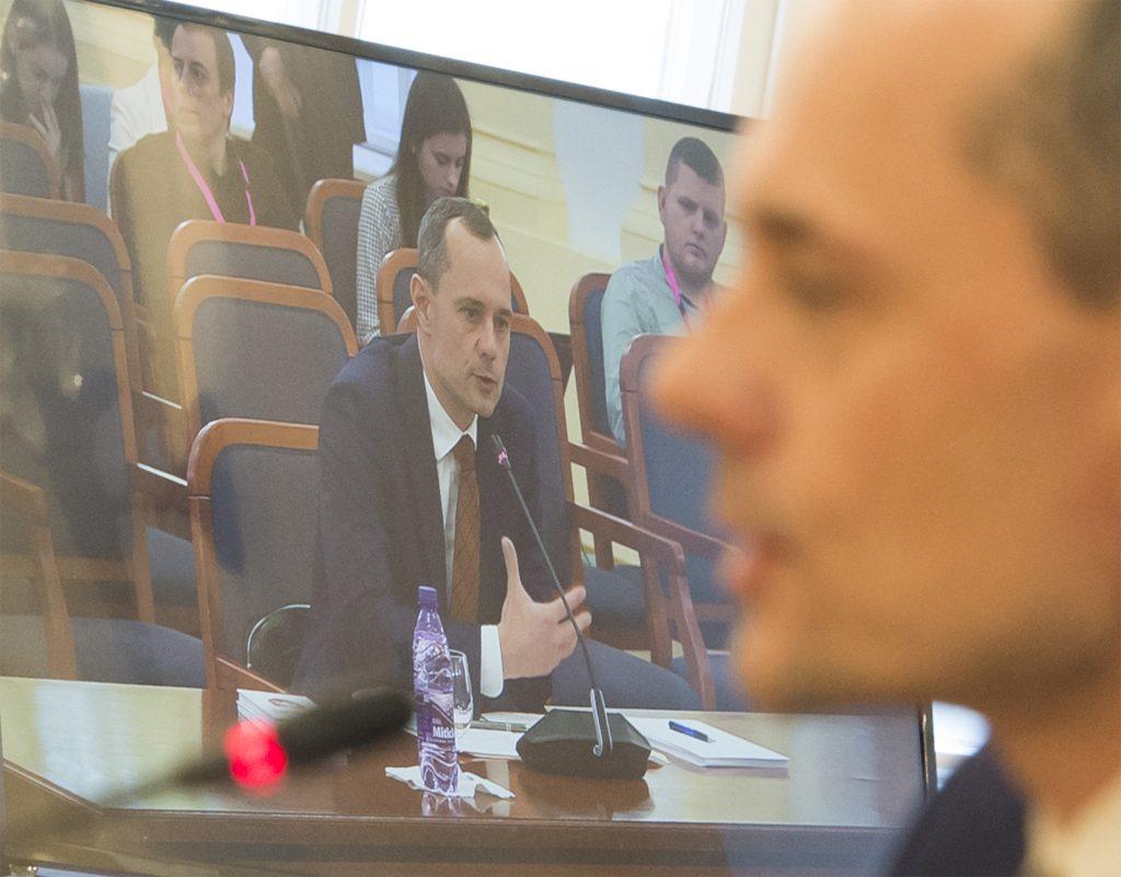 Procházka: Referendum o predčasných voľbách dostane na Ústavnom súde stopku