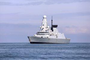 Na britskej zastávke našli tajné dokumenty. Hovoria aj o nedávnom incidente v Čiernom mori