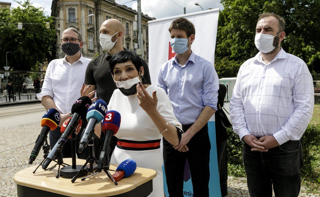 Progresívci chcú v Bratislave manifestovať za vakcíny