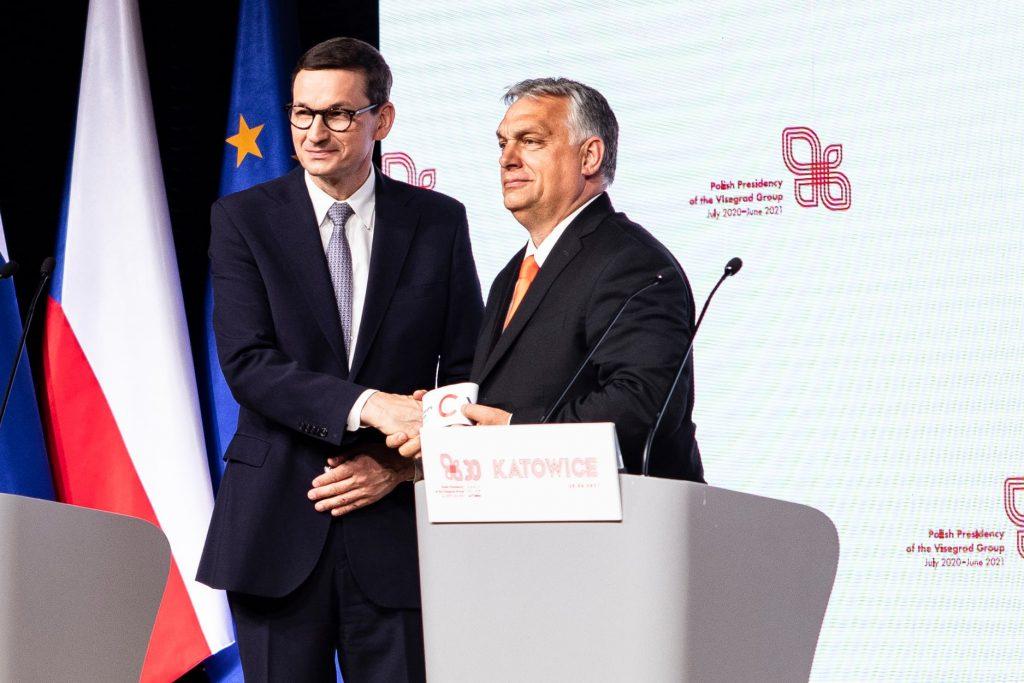Poliaci s Orbánom, Salvinim a Le Penovou vydali spoločné vyhlásenie. Keby sa spojili, boli by frakciou číslo 3