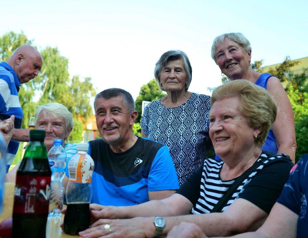 Aj v Česku chcú rodičovský dôchodkový bonus