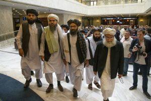 Odborník Horák: Taliban sa zmenil, ešte sa len ukáže, ako. USA strácajú s Afganistanom celý región