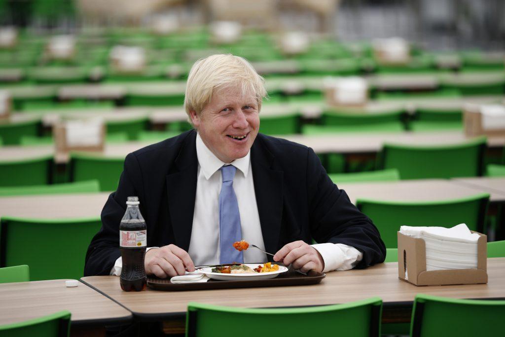 Žite zdravo, dostanete výhody. Bodovací systém britskej vlády kritikom pripomína Čínu