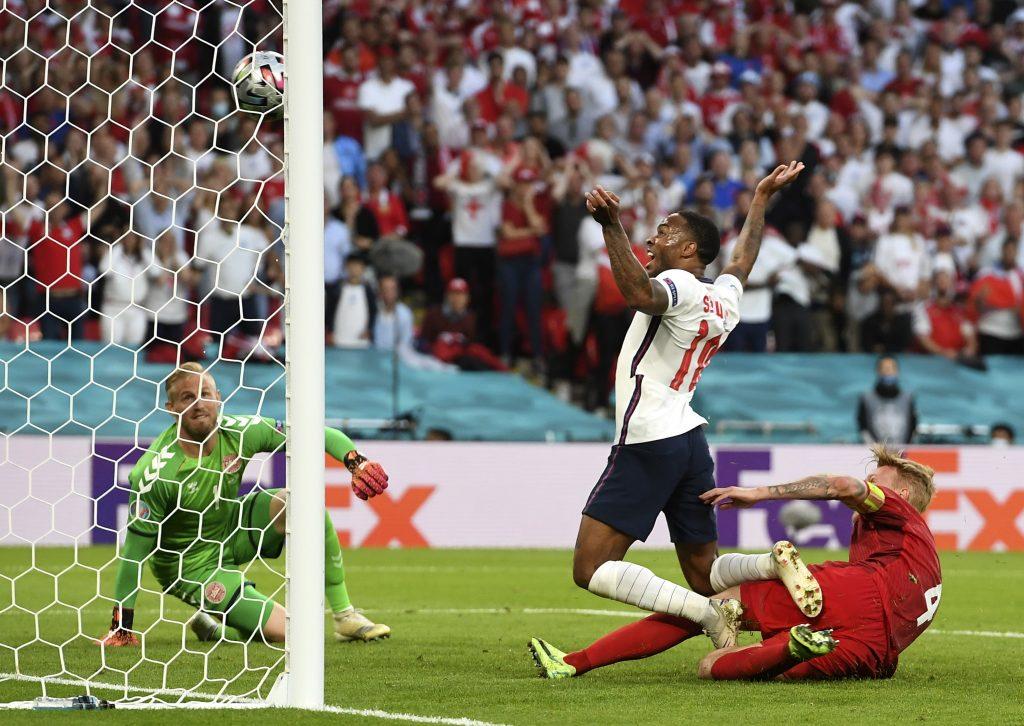 Anglicko zdolalo Dánsko v predĺžení, postúpilo do finále