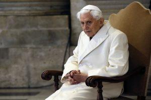 Emeritný pápež Benedikt XVI. tvrdo kritizuje nemeckú cirkev