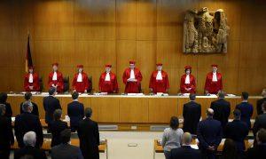 Nemecký a poľský súd sa správajú suverénne. Začali európske súdne vojny