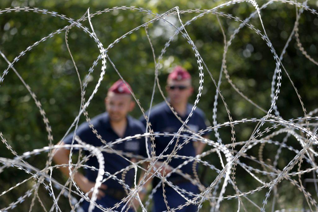 Litva žiada peniaze na hraničný plot. Šéf euroľudovcov je za, Európska komisia sa zdráha