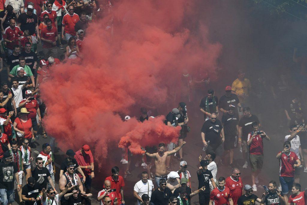 UEFA je úbohá a môže sa hanbiť, odkazuje maďarská diplomacia