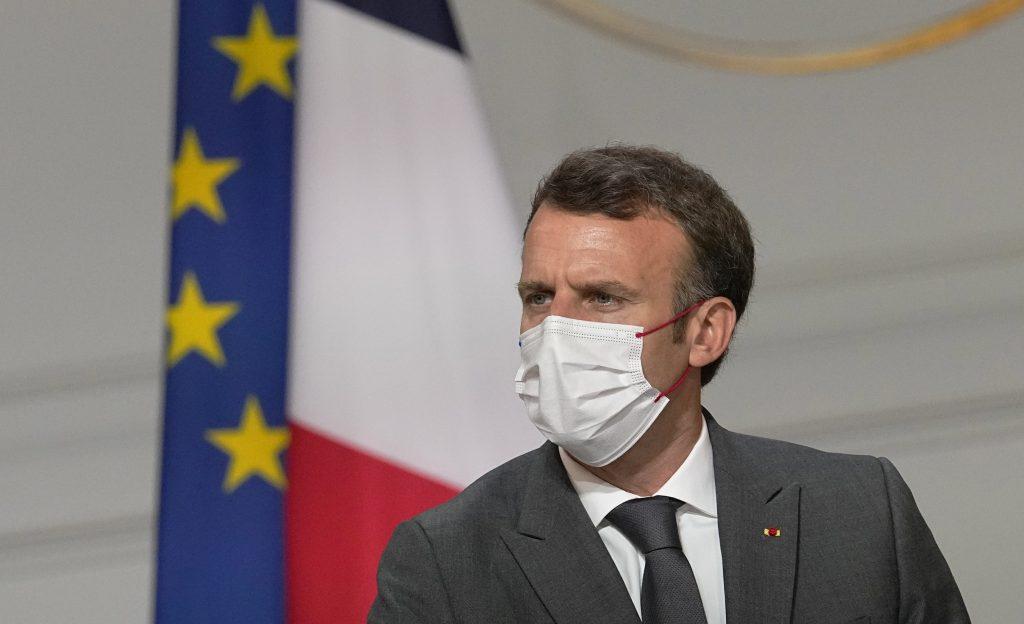 Francúzsko sa pripravuje na ďalšiu vlnu. Koronapasy budú potrebné takmer všade
