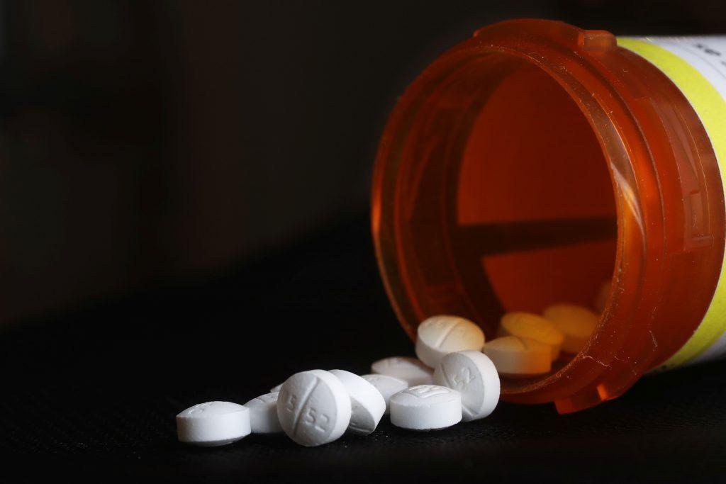Ivermektín: Povolenie na jeden liek vypršalo, nelegálne zásielky zastavujú colníci