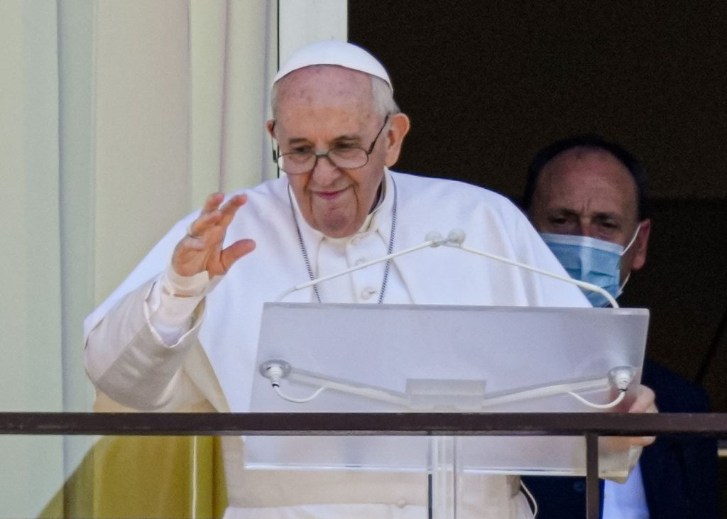 Pápežov týždeň: Smrť rodiča je vždy dôvodom pre smútok. Olympiáda je znak nádeje