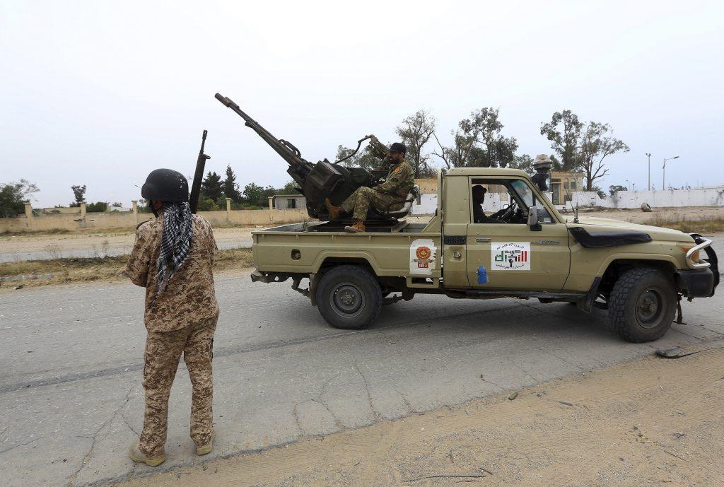 EÚ podľa uniknutého dokumentu  zvažuje vojenskú misiu v Líbyi