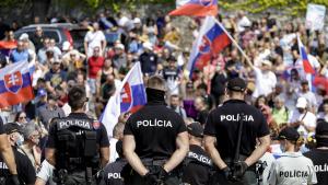 V Bratislave a v Košiciach sa dnes bude protestovať. Občanov mobilizuje Smer aj Republika