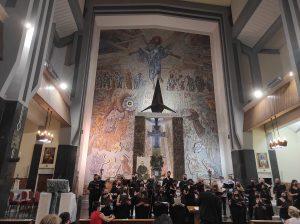 Rímsky kostol s najvyššou zvonicou a mozaikami od Rupnika navštívili dvaja pápeži
