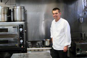 Šéfkuchár Vladimír Morochovič: Pri donáške musíte variť ešte lepšie ako v reštaurácii