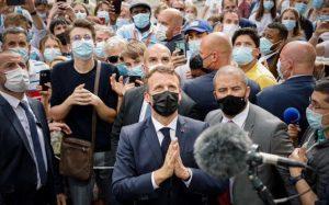 Horlivý sekularista Macron navštívil Lurdy. Zožal kritiku a prirovnali ho k nacistickému kolaborantovi Pétainovi