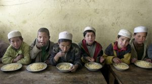 Ako Američania odvracali zrak, keď afganskí spojenci znásilňovali chlapcov