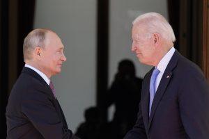 Rusko sa stalo druhým najväčším dovozcom ropy do USA. Dve veľmoci sa navzájom potrebujú