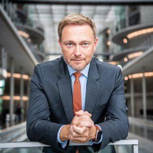 14 dní do volieb: Nemeckého kancelára vyberie Christian Lindner