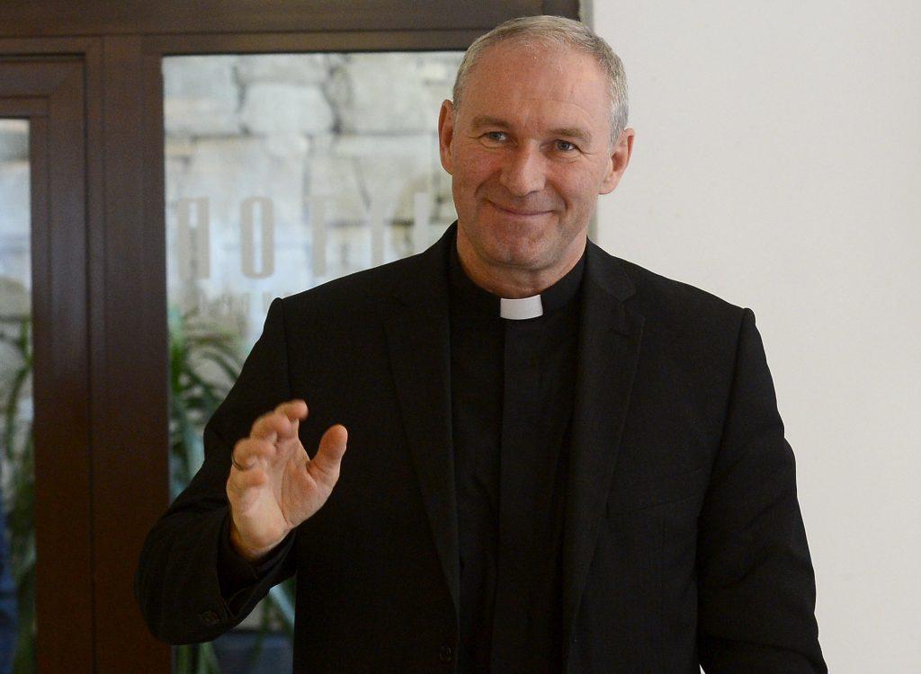 Pápež na Slovensku: Blíži sa rehabilitácia Róberta Bezáka