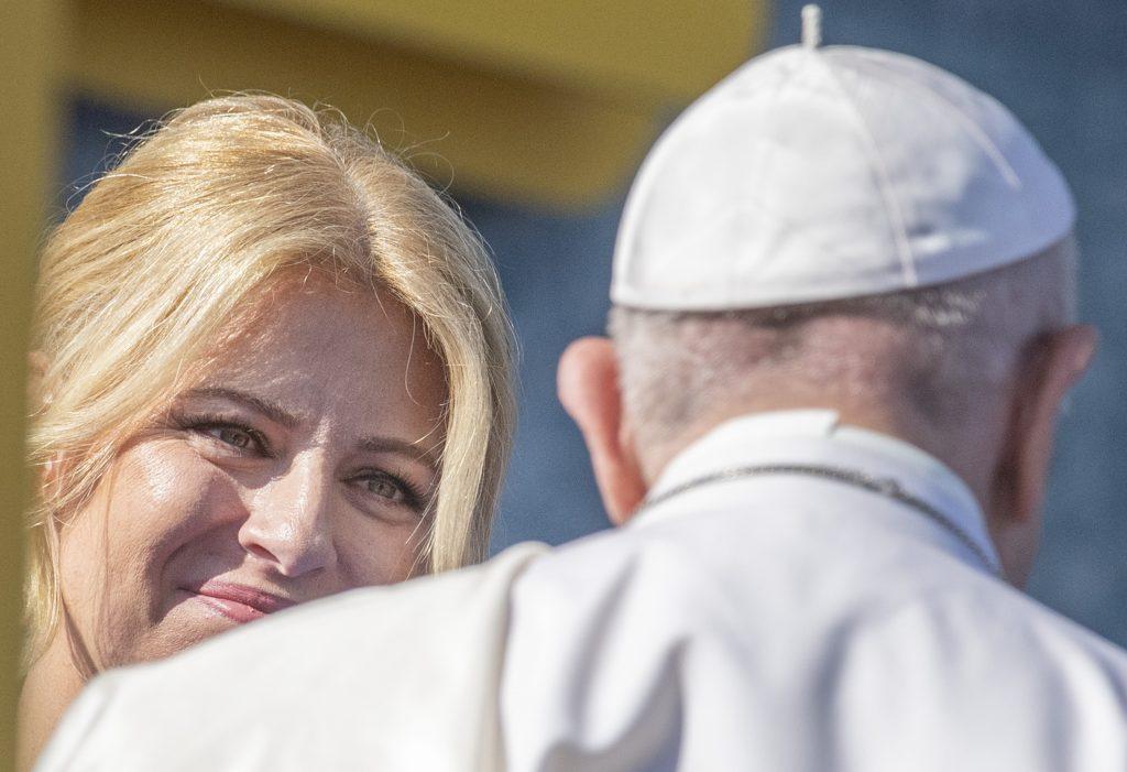Pápež, ideologická kolonizácia a slovenské kultúrne vojny