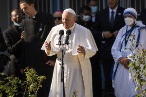 František sa prihovoril k našim židom. Stretol sa aj s arcibiskupom Bezákom, Heger vidí veľký úspech návštevy