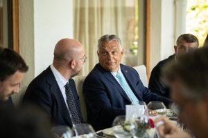 Kardinál Parolin a Viktor Orbán hovorili len niekoľko dní pred pápežskou cestou do Maďarska o migrácii