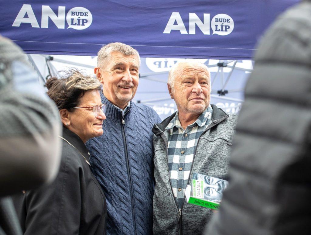 Babiš hľadá cestu, ako odkloniť voličov ODS k Trikolóre a Okamurovi
