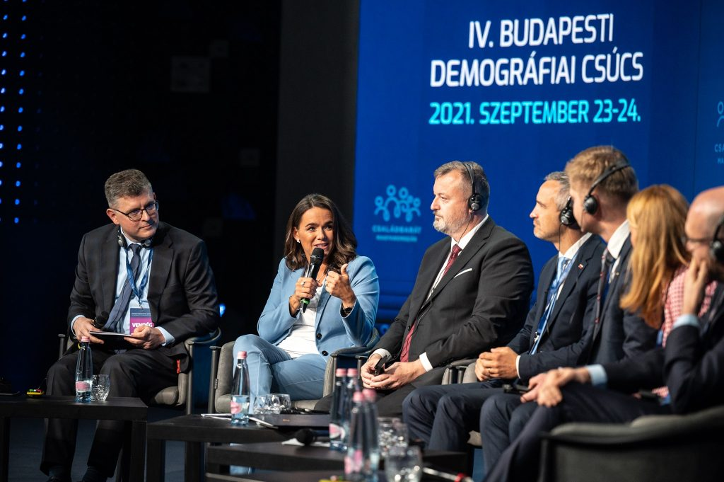 Čo sa podarilo Maďarom na Demografickom summite v Budapešti