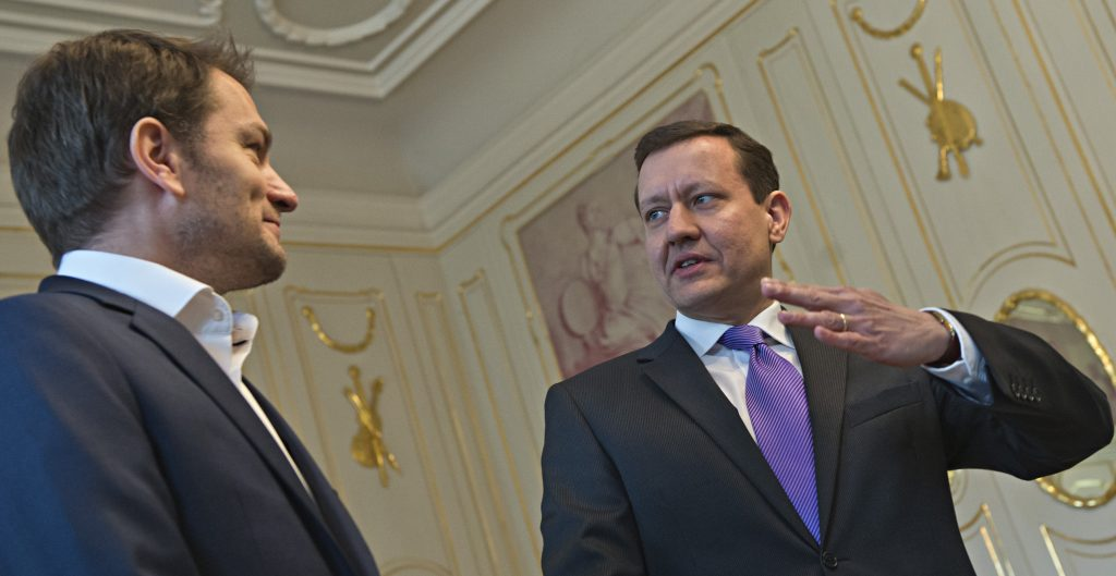 Matovič: Fico s priblblým úškľabkom povedal, že dajú dole Mikulca a potom Lipštajna