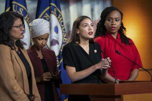 Americkí socialisti v salónoch a mimo nich