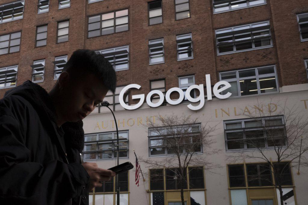 V Google učia pracovníkov aj o rasizme trojmesačných batoliat, tvrdí aktivista Rufo