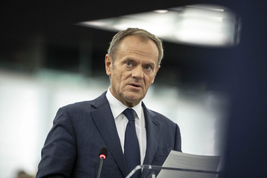 Donald Tusk nevylučuje vystúpenie Poľska z EÚ: Môžu odísť rýchlejšie, ako sa komukoľvek zdá