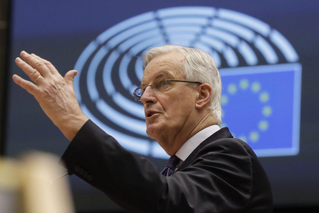 Európan roka zmenil kabát. Zrazu chce zastavenie migrácie a odmieta nadvládu Bruselu