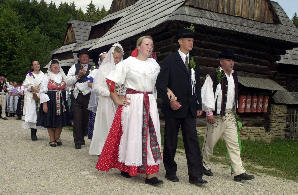Svadba na dedine krok za krokom
