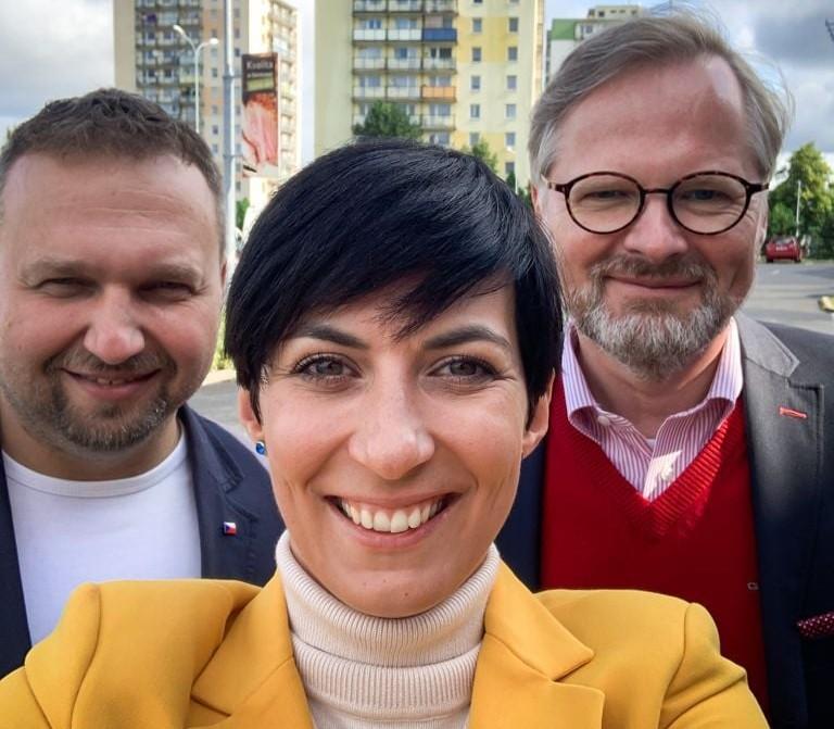 Konzervatívna vlna v Česku? Skôr hrádza proti progresivizmu