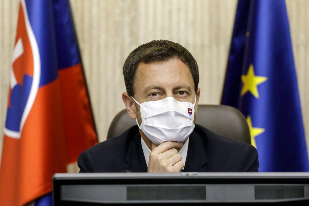 Premiér: Zmena v SPF bola nutná, Marosz je tam z politického rozhodnutia