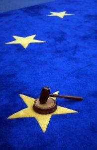 Poľsko dostalo pokutu milión eur denne za to, že nepočúvlo rozsudok európskeho súdu. Platiť odmieta