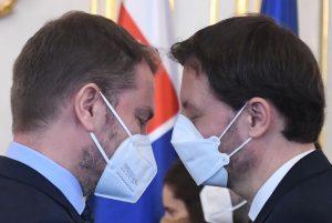 Hegerovu vládu zastaví až Brusel, ak nebude súdnosti doma