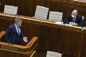 Odvolávanie Sulíka: Minister svoj pád neočakáva. Niektorí poslanci sa vraj zdržia