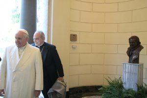 Týždeň s pápežmi: Sloboda sa nerealizuje v láske z telenovely