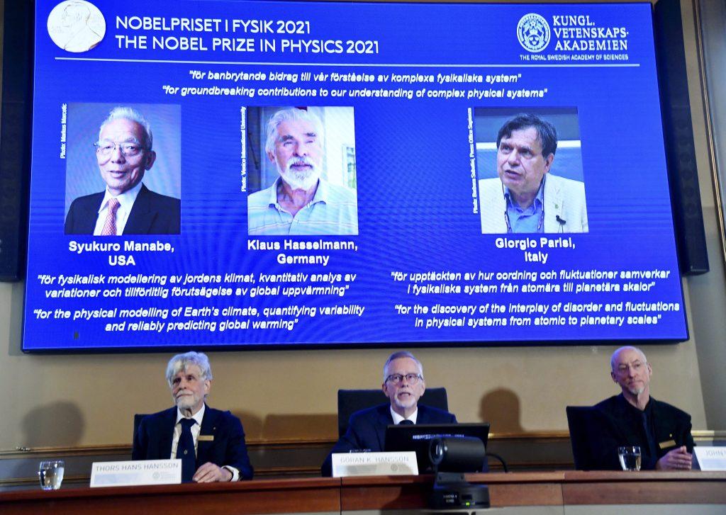 Nobelovky by mali uplatňovať genderové a etnické kvóty, žiadajú od švédskej akadémie vied