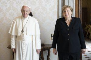 Pápežov týždeň: Pred mladými nemôžeme zamlčiavať pravdy, ktoré dávajú životu zmysel
