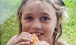 Niekoľkodenné pátranie po dievčatku v českých lesoch sa skončilo happyendom. Dieťa našli